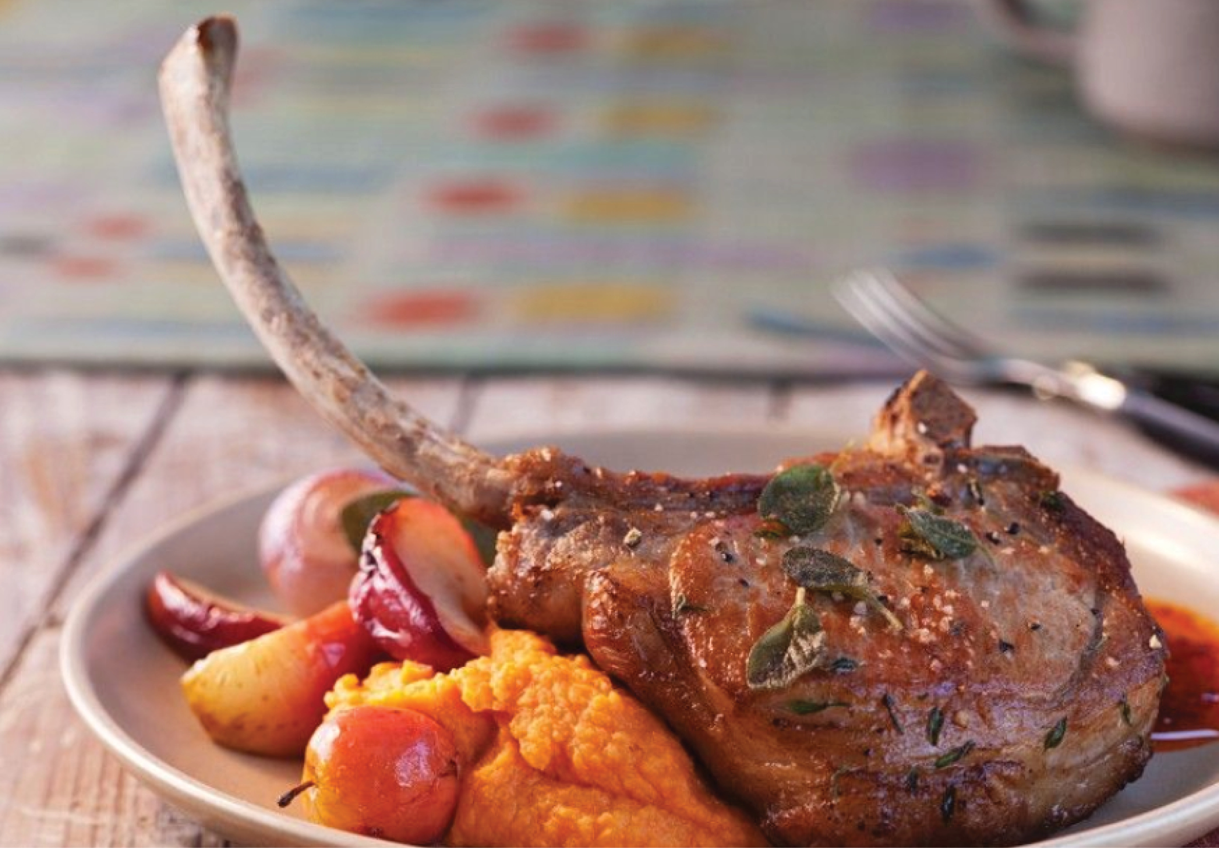 https://eatsmarter.com/recipes/pork-chops-with-potato-and-pumpkin-puree