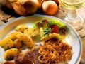 Entrecotes with Onion Rings and Fried Potatoes recipe