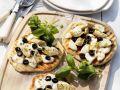 Pizettes with Artichoke and Mozzarella recipe