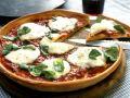 Pizza with Fresh Mozzarella recipe