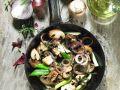 Sautéed Mushrooms with Onion and Olives recipe
