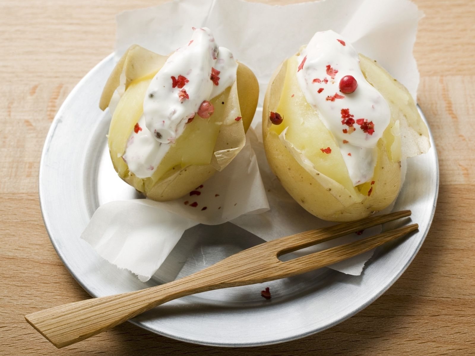 Boiled Potatoes With Sour Cream And Red Pepper Recipe Eat Smarter Usa