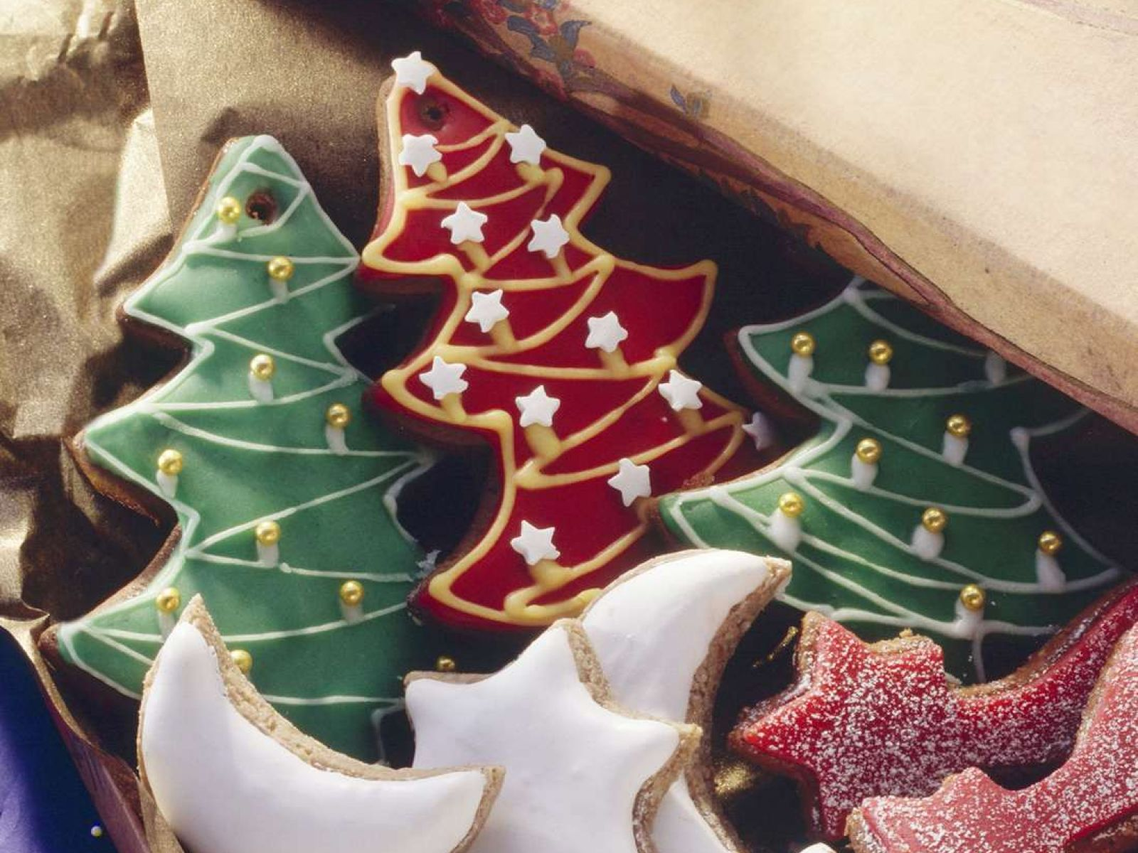 Christmas Tree And Rocking Horses Gingerbread Cookies Recipe Eat Smarter Usa