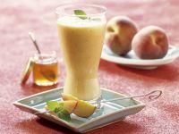 Almond and Peach Smoothie recipe