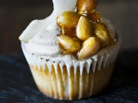 Almond Brittle Cupcakes recipe
