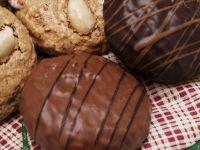 Almond Gingerbread Cookies recipe