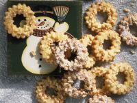 Almond Wreaths recipe