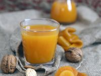 Apple and Apricot Juice recipe