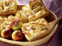 Apple and Coconut Cake with Meringue recipe