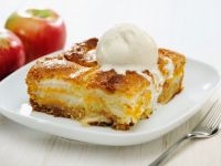 Apple and Maple Traybake recipe
