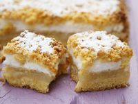 Apple Cake with Meringue recipe