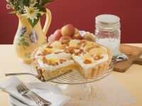 Apple Tart with Cream and Nut Brittle recipe