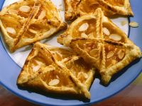Apricot Puff Pastry Tartlets recipe