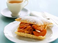 Apricot Puff Pastry with Almonds recipe