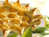 Apricot Tart with Almonds recipe