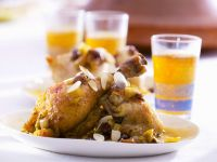 Arabic Style Chicken with Almonds, Raisins and Onions recipe