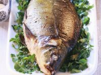 Aromatic Carp with Garlic and Parsley recipe