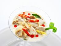 Aromatic Chicken and Coconut Milk Soup recipe