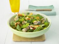 Arugula Salad with Fried Mushrooms recipe