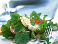 Arugula Salad with Sweet Potato and Halloumi recipe