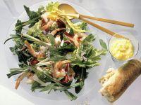 Arugula Salad with Vegetables and Shrimp recipe