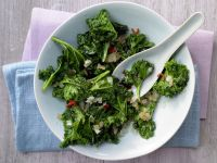 Asian-Style Kale recipe