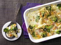 Colorful Asparagus Gratin with Breadcrumbs recipe