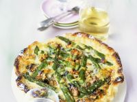 Asparagus Quiche with Walnuts recipe