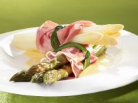 Asparagus with Ham and Sauce recipe