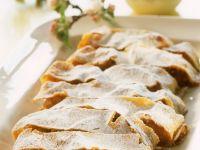 Austrian Apple Log recipe