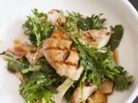 Baby Kale, Onion, and Grilled Chicken Salad recipe