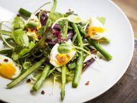 Bacon, Egg and Asparagus Salad recipe