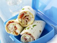 Bacon, Tomato and Mozzarella Wraps recipe