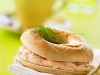 Bagels with Smoked Salmon Cream Cheese recipe