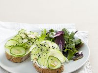 Baguette with Ricotta, Cucumber, Apple and Sprouts recipe