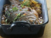 Baked Carp with Wine and Tomato Sauce recipe
