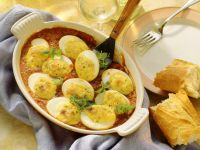 Baked Eggs with Gorgonzola and Tomato Sauce recipe