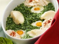 Baked Eggs with Spinach and Mashed Potatoes recipe