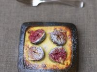 Baked Figs with Goat Cheese Cream recipe