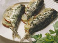 Baked Herring with Apples recipe