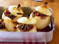 Baked Onions with Filling recipe