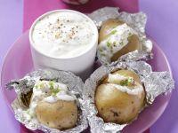 Baked Potatoes with Garlic Sauce recipe