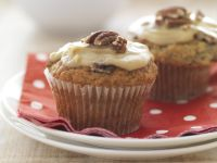 Banana Caramel Muffins with Pecans recipe