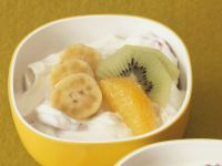 Banana Cream with Kiwi and Oranges recipe