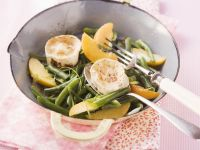 Beans and Peach Salad with Goat Cheese recipe