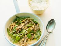 Beef and Peanut Curry with Snow Peas recipe