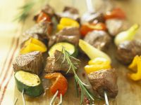 Beef and Pepper Kebabs recipe