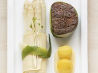 Beef Filets with Asparagus and Saffron Potatoes recipe