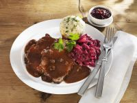 Roast Beef with Red Wine Sauce recipe