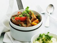 Beef Ragout with Bell Peppers and Potato Puree recipe